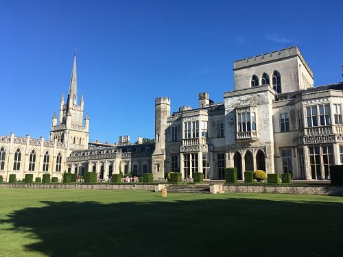 Ashridge House was the perfect setting