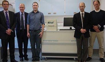Image of the Bristol/Biral team with the device