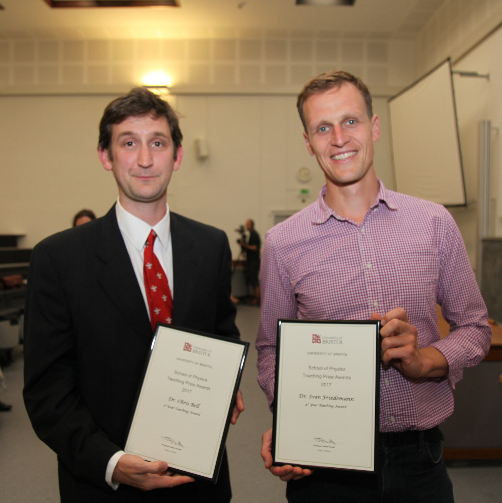 Teaching Prize for Chris Bell and Sven Friedemann