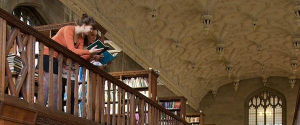 Students on balcony in Wills library
