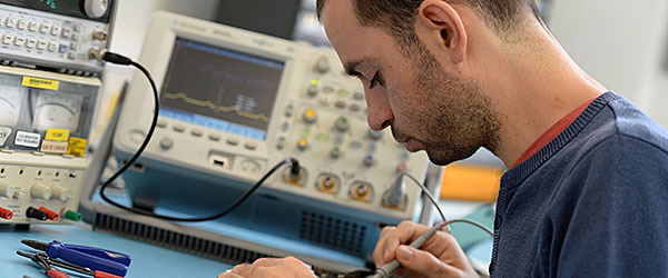 Meng Mechanical And Electrical Engineering Study At Bristol