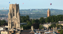 city of Bristol, with Wills Memorial Buidling in foreground